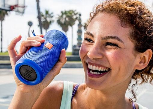 Batterie dans le haut-parleur sans fil